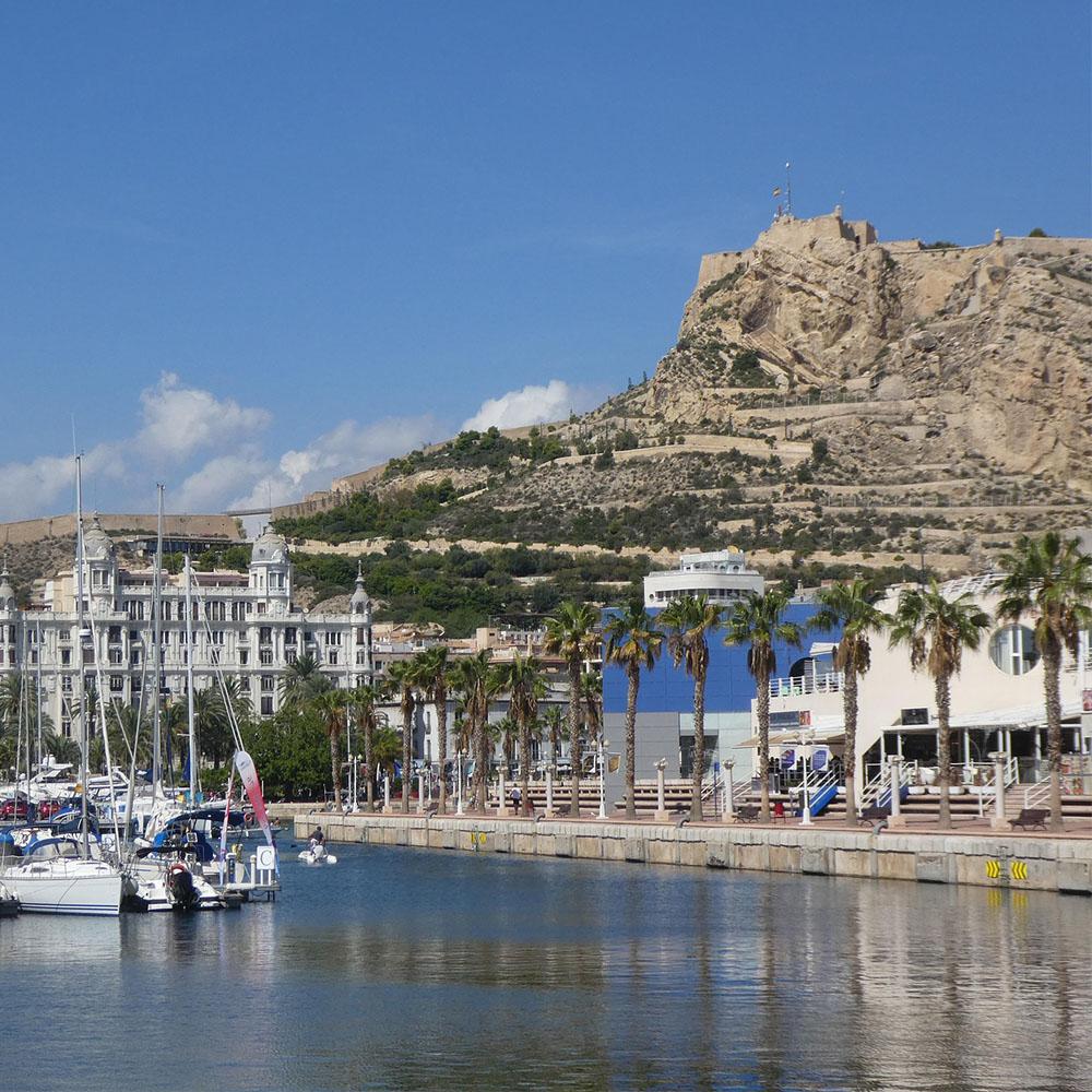 Puerto deportivo de Alicante